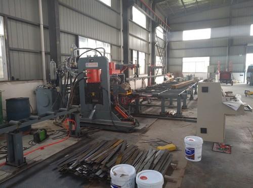 YCDX系列槽钢带钢多功能冲剪机