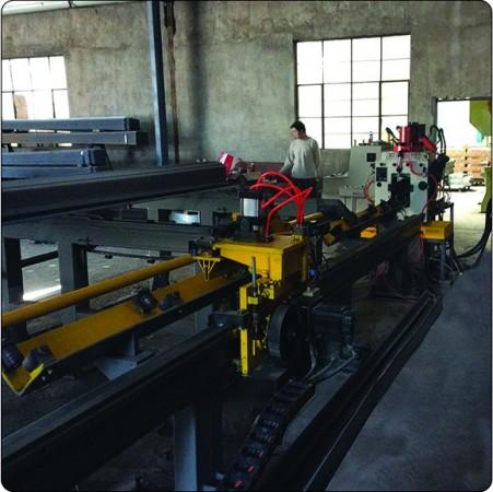 YJX-0607快速型数控角钢冲剪生产线